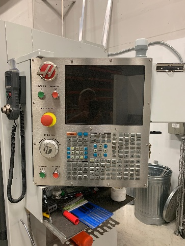 http://www.machinetools247.com/images/machines/16710-Haas VF-4 d.jpg
