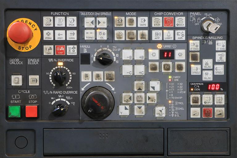 http://www.machinetools247.com/images/machines/16735-Mori-Seiki SL-403 CMC 8.jpg